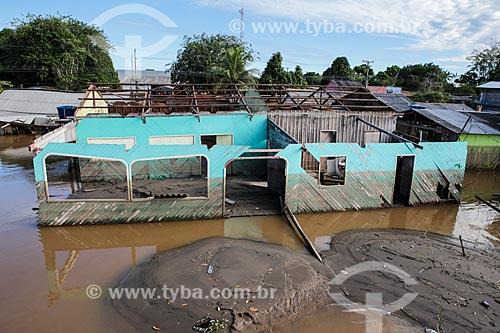 Assunto: Casa destruída durante à cheia do Rio Madeira / Local: Distrito de São Carlos - Porto Velho - Rondônia (RO) - Brasil / Data: 04/2014