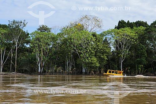 Assunto: Barco Escolar transportando alunos próximo a cidade de Porto Velho / Local: Distrito de São Carlos - Porto Velho - Rondônia (RO) - Brasil / Data: 04/2014