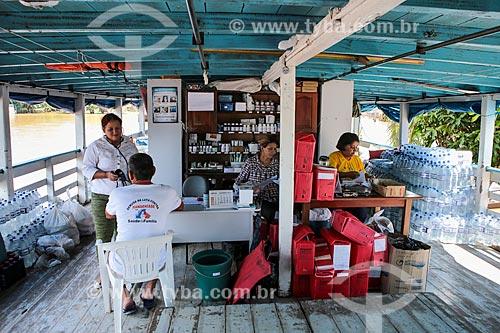Assunto: Barco da defesa civil no Rio Madeira / Local: Distrito de Nazaré - Porto Velho - Rondônia (RO) - Brasil / Data: 04/2014