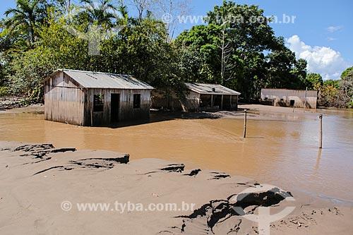 Assunto: Casa destruída após à cheia do Rio Madeira / Local: Distrito de Nazaré - Porto Velho - Rondônia (RO) - Brasil / Data: 04/2014