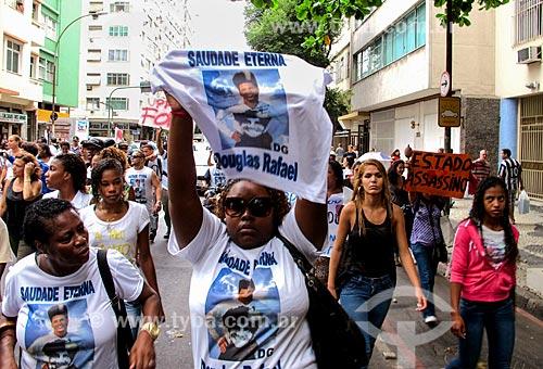 Assunto: Manifestação pela morte de Douglas Rafael (DG) / Local: Copacabana - Rio de Janeiro (RJ) - Brasil / Data: 04/2014