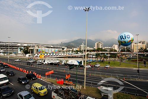 Assunto: Estádio Jornalista Mário Filho (1950) - também conhecido como Maracanã - com a Avenida Radial Oeste - também conhecida como Avenida Presidente Castelo Branco - interditada / Local: Maracanã - Rio de Janeiro (RJ) - Brasil / Data: 06/2014