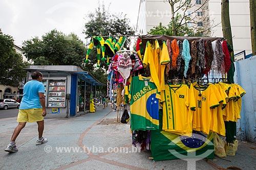 Assunto: Comércio ambulante na Rua do Catete durante a Copa do Mundo / Local: Catete - Rio de Janeiro (RJ) - Brasil / Data: 06/2014