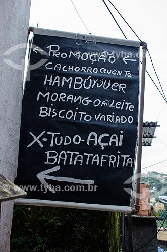 Assunto: Placa de lanchonete no Morro dos Prazeres / Local: Santa Teresa - Rio de Janeiro (RJ) - Brasil / Data: 07/2013