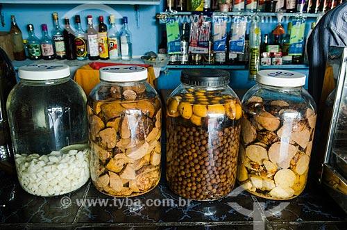 Assunto: Doses de cachaças com especiarias / Local: Penedo - Alagoas (AL) - Brasil / Data: 08/2013