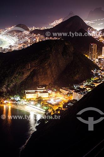 Assunto: Bondinho do Pão de Açúcar fazendo a travessia entre o Morro da Urca e o Pão de Açúcar / Local: Urca - Rio de Janeiro (RJ) - Brasil / Data: 05/2014
