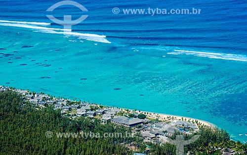 Assunto: Vista geral do Hotel Saint Regis Mauritius Resort na Península Le Morne Brabant / Local: Distrito de Rivière Noire - Maurício - África / Data: 11/2012