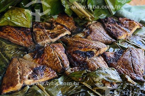 Assunto: Tambaqui assado na folha de bananeira / Local: Porto Velho - Rondônia (RO) - Brasil / Data: 06/2014