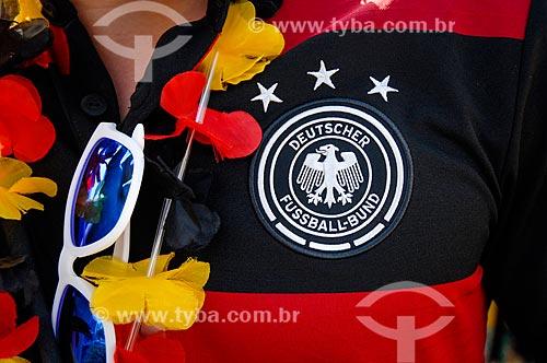 Assunto: Detalhe do uniforme B da seleção da Alemanha usado por torcedor que chega no Maracanã para assistir o jogo Alemanha x França pela Copa do Mundo 2014 / Local: Maracanã - Rio de Janeiro (RJ) - Brasil / Data: 07/2014