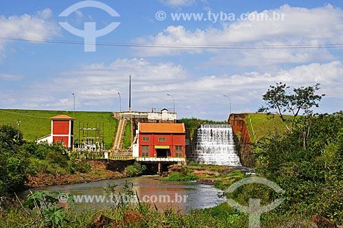 Assunto: Pequena usina hidroelétrica no Rio Pary Veado / Local: Cândido Mota - São Paulo (SP) - Brasil / Data: 04/2014