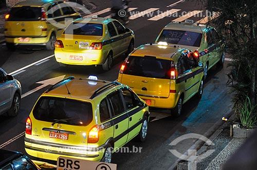 Táxis em rua de Ipanema  - Rio de Janeiro - Rio de Janeiro (RJ) - Brasil