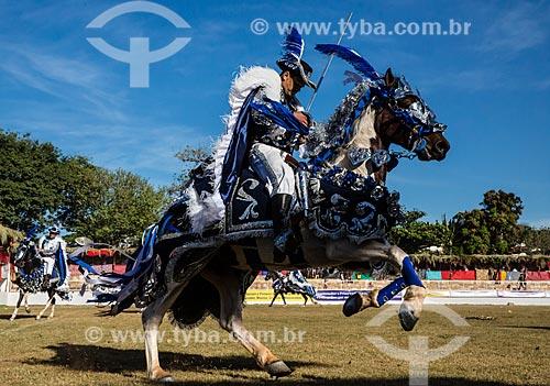 Cavaleiro cristão durante a festa do Divino Espirito Santo  - Pirenópolis - Goiás (GO) - Brasil