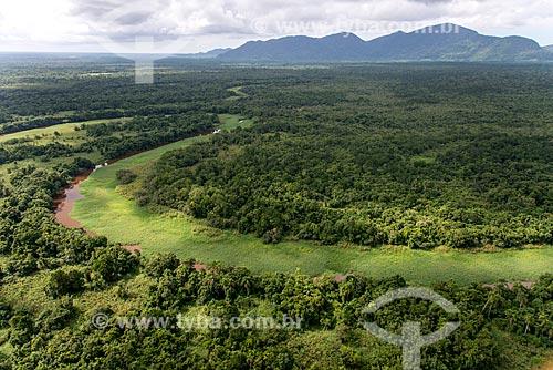 Várzea do Rio Ribeira de Iguape - Planície costeira de Iguape e ao fundo Serra de Iguape  - Iguape - São Paulo (SP) - Brasil