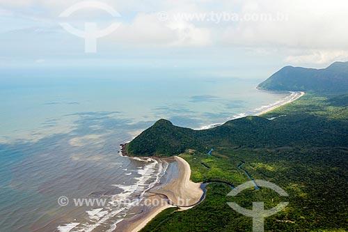 Praia do Una com Morro do Grajaúna e ao fundo Praia do Rio Verde - Estação Ecológica de Juréia-Itatins   - Iguape - São Paulo (SP) - Brasil