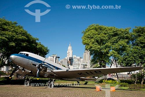 Avião DC 3 no Espaço Catavento Cultural e Educacional - Palácio da Indústrias  - São Paulo - São Paulo (SP) - Brasil
