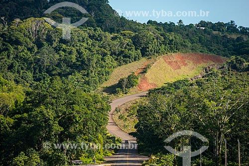 Vista da Rodovia BA-001 próximo ao Rio de Contas  - Itacaré - Bahia (BA) - Brasil