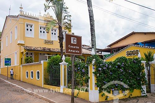 Antigo Casarão Amarelo - casario da época de ouro do cacau - atualmente Restaruante Casarão Amarelo  - Itacaré - Bahia (BA) - Brasil