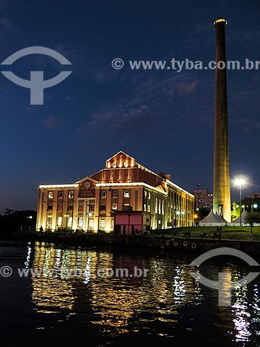 Centro Cultura Usina do Gasômetro (1928) à noite  - Porto Alegre - Rio Grande do Sul (RS) - Brasil