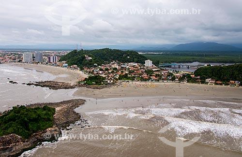 Foto aérea da Praia do Sonho - à esquerda - com Praia dos Pescadores à direita  - Itanhaém - São Paulo (SP) - Brasil