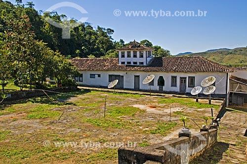 Terreiro onde era seco o café na Fazenda Santa Clara - considerada uma das maiores fazenda do século XIX  - Santa Rita de Jacutinga - Minas Gerais (MG) - Brasil