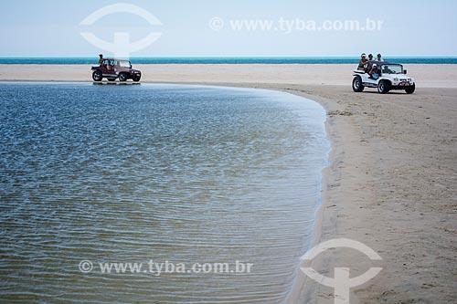 Passeio de Bugre na orla da Lagoa do Uruaú  - Beberibe - Ceará (CE) - Brasil