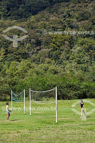 Meninas brincando na Fazenda Tucano  - Nova Iguaçu - Rio de Janeiro (RJ) - Brasil
