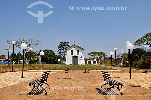 Praça em frente à Igreja de Nossa Senhora do Rosário (Século XVIII) - também conhecida como Igreja dos Negros  - Sacramento - Minas Gerais (MG) - Brasil