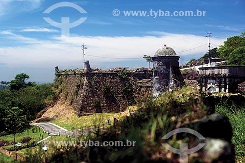 Vista geral das ruínas do Forte de São Luís (1770) - também conhecido como Forte do Morro do Pico  - Niterói - Rio de Janeiro (RJ) - Brasil
