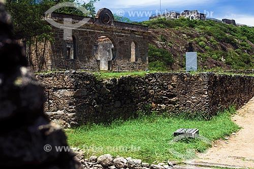 Ruínas do Forte de São Luís (1770) - também conhecido como Forte do Morro do Pico  - Niterói - Rio de Janeiro (RJ) - Brasil