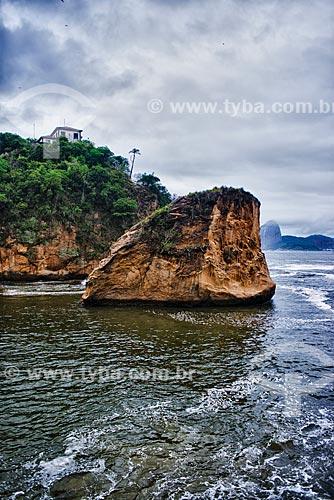 Ilha da Boa Viagem com a Capela de Nossa Senhora da Boa Viagem (Século XVIII)  - Niterói - Rio de Janeiro (RJ) - Brasil