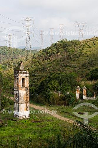 Torre Sineira da Igreja de Nossa Senhora de Piedade e Cemitério dos Escravos  - Nova Iguaçu - Rio de Janeiro (RJ) - Brasil