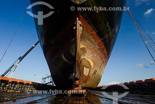 Içamento do Navio Maísa no syncrolift do Estaleiro Tandanor para manutenção do casco  - Buenos Aires - Província de Buenos Aires - Argentina