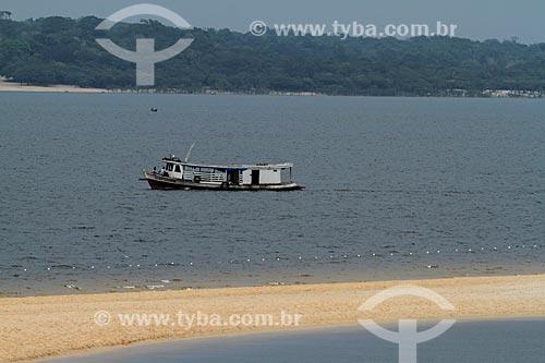 Embarcação no Rio Maués-Açu  - Maués - Amazonas (AM) - Brasil