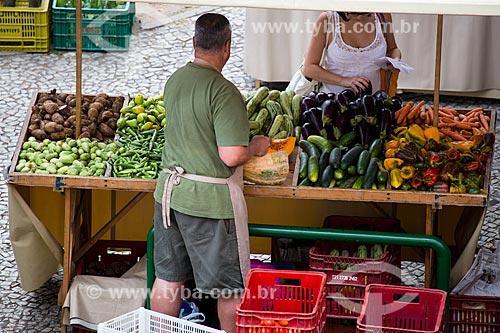 Legumes à venda na feira de alimentos orgânicos da Praça Luís de Camões  - Rio de Janeiro - Rio de Janeiro (RJ) - Brasil