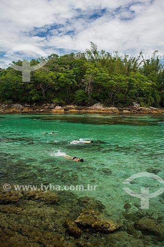 Pessoas nadando na Lagoa Azul  - Angra dos Reis - Rio de Janeiro (RJ) - Brasil