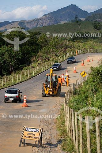 Obras no trecho da Rodovia BR-482  - Cachoeiro de Itapemirim - Espírito Santo (ES) - Brasil