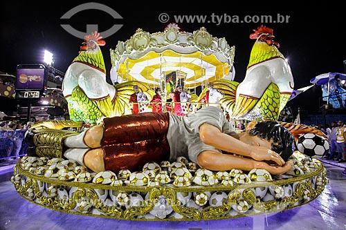 Desfile do Grêmio Recreativo Escola de Samba Imperatriz Leopoldinense - Carro alegórico - Enredo 2014 - Arthur X ? O Reino do Galinho de Ouro na corte da Imperatriz  - Rio de Janeiro - Rio de Janeiro (RJ) - Brasil