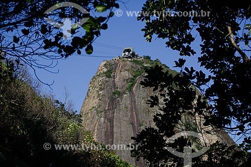 Vista do Pão de Açúcar a partir de trilha no Morro da Urca  - Rio de Janeiro - Rio de Janeiro (RJ) - Brasil