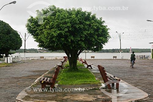 Praça na cidade de Salvaterra com o Rio Paracauari ao fundo  - Salvaterra - Pará (PA) - Brasil