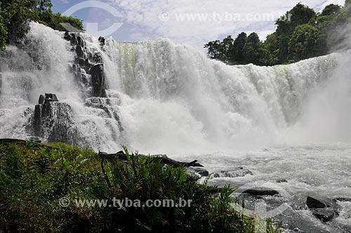 Salto I do Rio Corrente  - Serranópolis - Goiás (GO) - Brasil