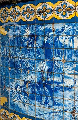 Detalhe de painel no Quiosque das Lendas no Mirante da Granja Guarani  - Teresópolis - Rio de Janeiro (RJ) - Brasil