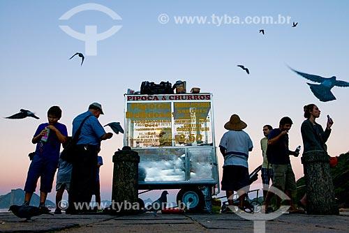 Carroçinha de pipoca e churros na Praia Vermelha  - Rio de Janeiro - Rio de Janeiro (RJ) - Brasil