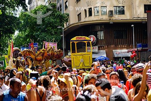 Desfile do bloco de carnaval de rua Cordão do Boitatá na Rua da Assembléia  - Rio de Janeiro - Rio de Janeiro (RJ) - Brasil