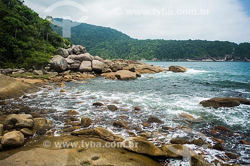 Encontro de rio com o mar na Praia de Martins de Sá  - Paraty - Rio de Janeiro (RJ) - Brasil