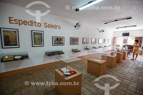 Interior do Museu do Ciclo do Couro - Memorial Espedito Seleiro  - Nova Olinda - Ceará (CE) - Brasil