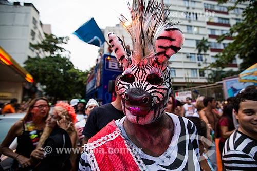 Folião no desfile do bloco de carnaval de rua Banda da Sá Ferreira  - Rio de Janeiro - Rio de Janeiro (RJ) - Brasil