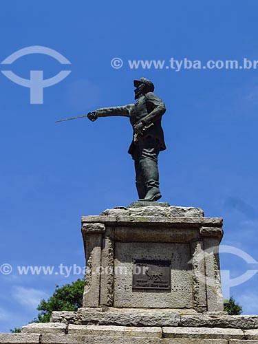 Monumento à Antônio de Sampaio - patrono da infantaria brasileira - na Praça Brigadeiro Sampaio  - Porto Alegre - Rio Grande do Sul (RS) - Brasil