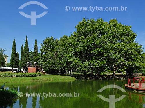 Lagoa na Praça Itália  - Porto Alegre - Rio Grande do Sul (RS) - Brasil