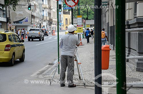 Agrimensor na Rua Primeiro de Março  - Rio de Janeiro - Rio de Janeiro (RJ) - Brasil