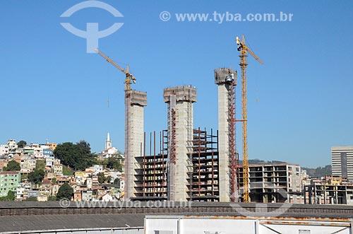 Vista da construção de prédio comercial a partir do Viaduto do Gasômetro  - Rio de Janeiro - Rio de Janeiro (RJ) - Brasil